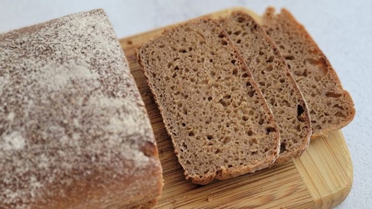 Naturally Leavened Rye and Oat Bread