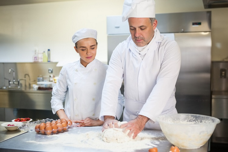 You are currently viewing Scottish Bakers set to support record number of apprenticeships in 2021-22